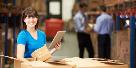 A professional performing warehouse storage and courier services in Boston, MA