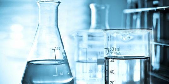 Understand science and chemistry with tutoring and engineering kits