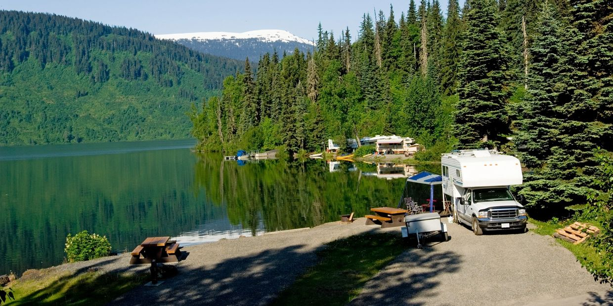 Beautiful campsite, great lake view, great outdoor fun and games.