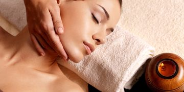 Massage Near me, mobile spa, Male massage therapist, Mobile Spa, Reflexology, Massage in studio city
