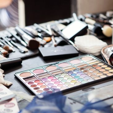 makeup, make up, earls colne, face, eyebrows, blusher, wedding make up earls colne,