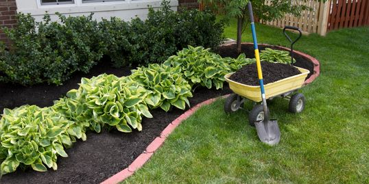 landscaping, lawncare, mulching
