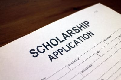 Apply for a MOMA Scholarship