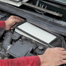 Experienced auto mechanics car auto repair, service, and maintenance