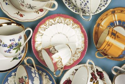 Etiquette Tea Party Ages 7-Adult   1- hour lesson taught by Ms. Lutz    Thousand Oaks & Camarillo
