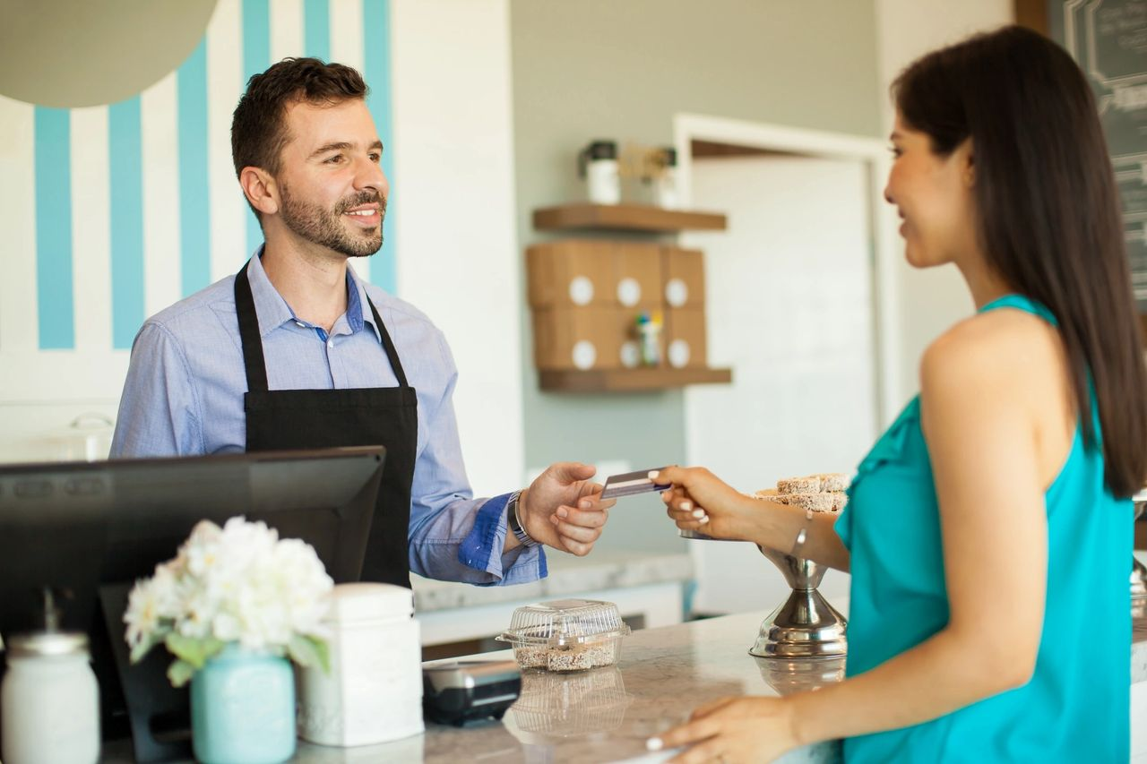 How entrepreneurs can use technology to improve customer loyalty