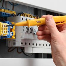 Reliable electricians in Lower Mainland BC.