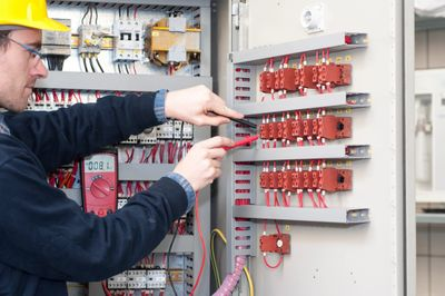Electrical repair and electricians for commercial businesses in St. George, Utah