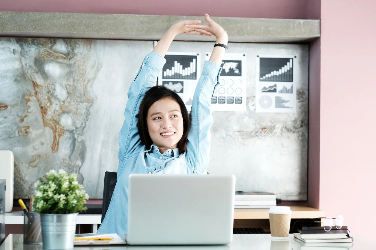 How to Keep Your Remote Working Team Happy and Connected