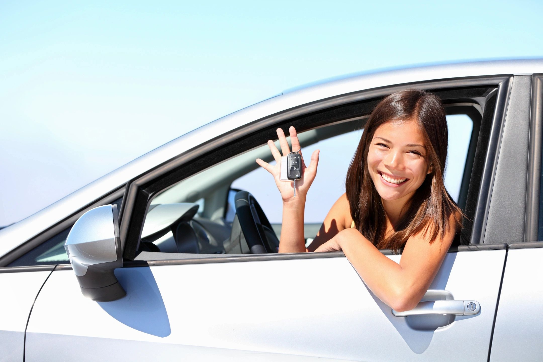 red-striped-young-girl-picking-up-a-car-girl