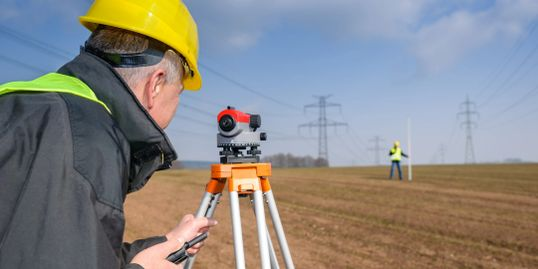 Experience land surveyor