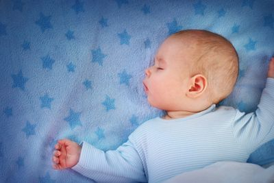 Safety tips for baby bedding