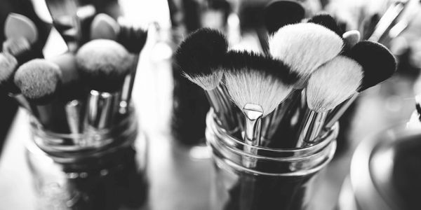 We able to provide on-site beauty services for you and your wedding party.