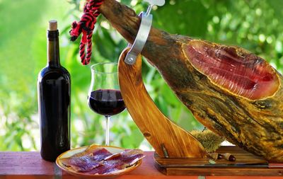 spanish ham with tapas and spanish red wine