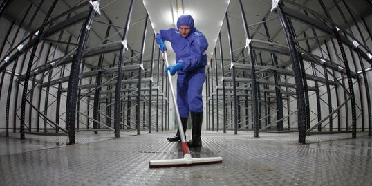 Deep clean of warehouse floors