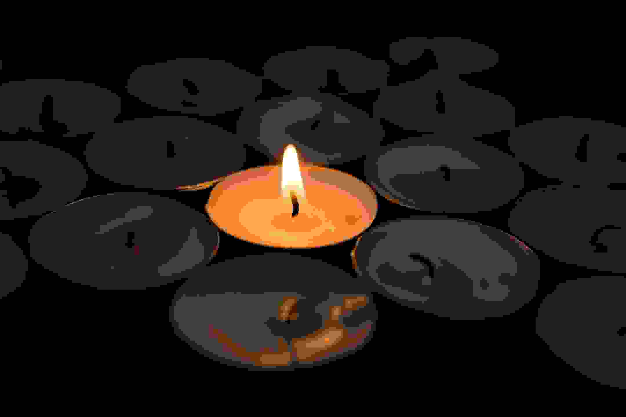 A candle light for peace and prayer