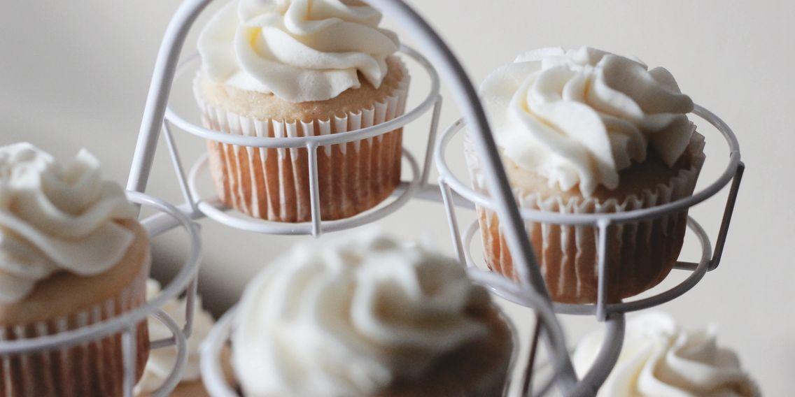 Krystals Kakery Custom Cakes Cupcakes Cookies And Pies