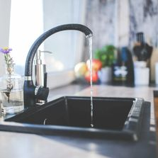 I recommend Kohler, Delta, and Grohe for good quality faucets.