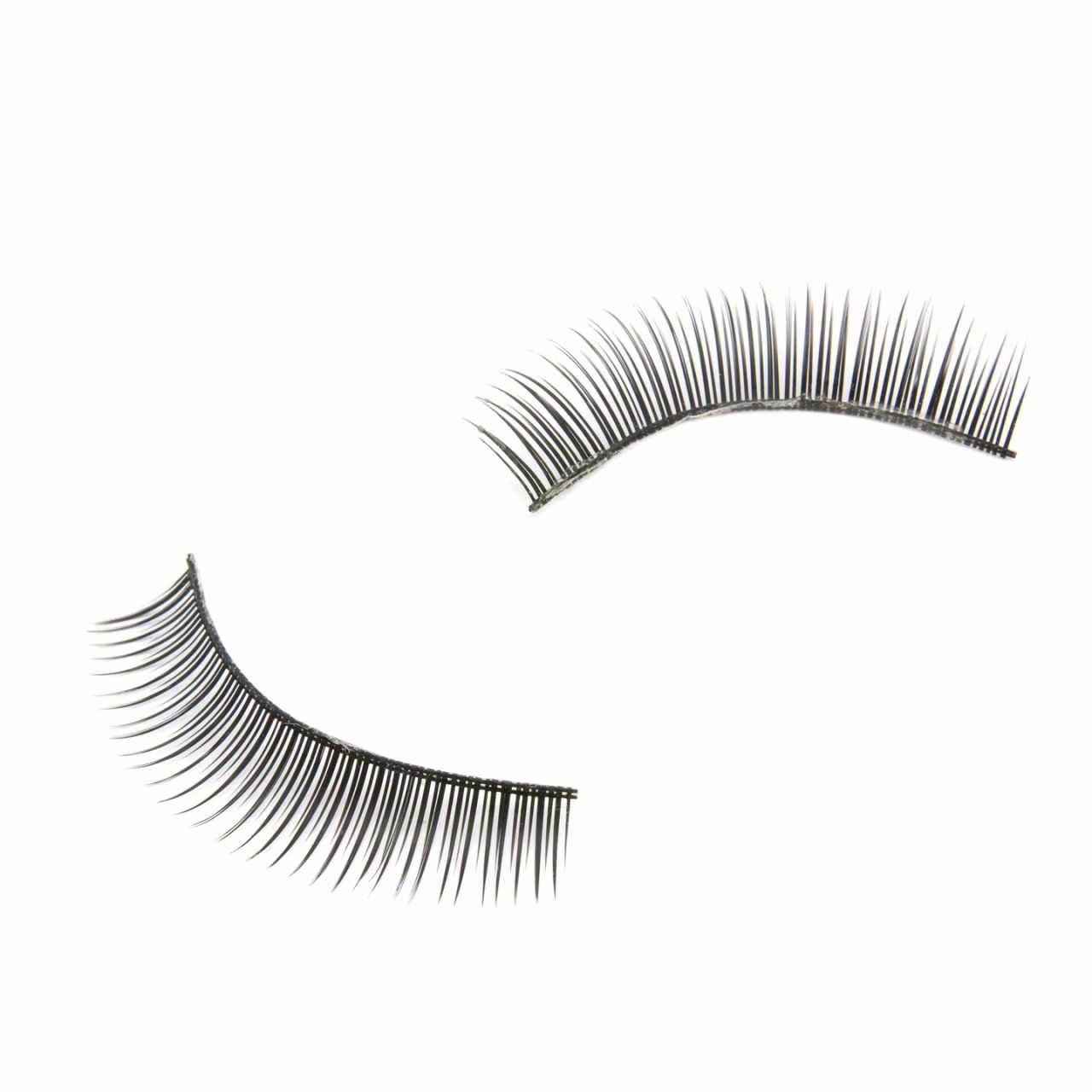 Eyelash Extensions Tips For Warmer Months