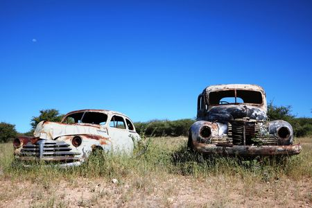 Clean up that back yard, we pick up your junk cars where ever they are.