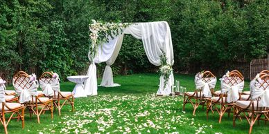outdoor wedding ceremony in West Michigan