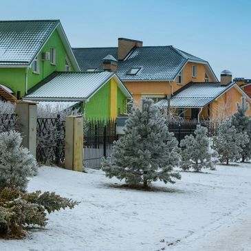 snow on your yard wont slow down getting a instant estimate on your lawn from Aaron's Greenscape