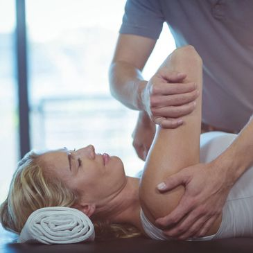 Norwest Lakeside Chiropractor and Acupuncture clinic Shoulder pain, Chiropractic, adjustment