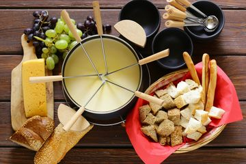 Fondue, chocolate , cheese,party, rental, event, wine, event, friends,