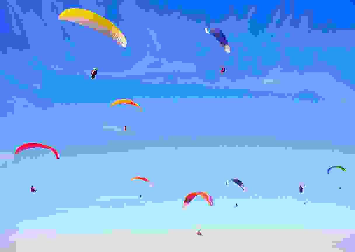 Paragliding courses offered by Touring Tours