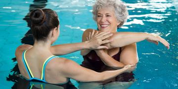 water therapy, pool therapy, aquatic therapy, stress, joints, low impact