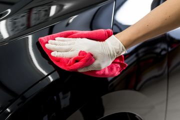 After the repair process, our collision centre cleans the vehicle before the customer delivery.