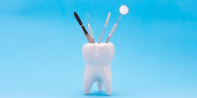 Image of instruments used for dental fillings.