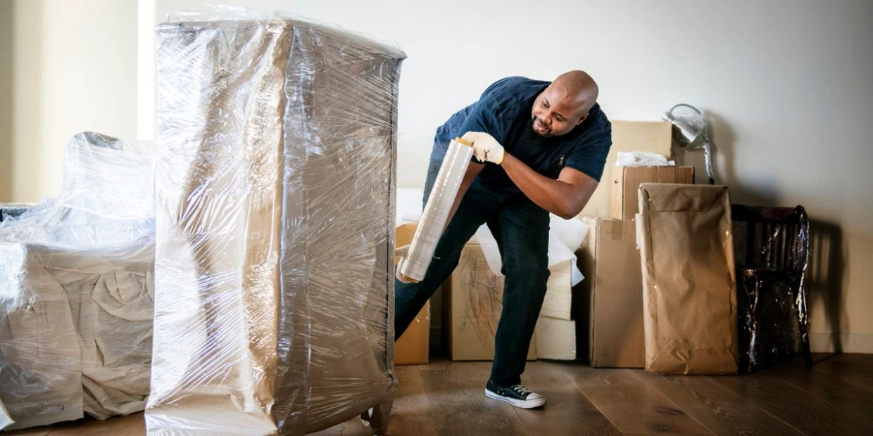 Hamilton movers Kitchener movers Waterloo movers Niagara Falls movers Barrie movers Belleville mover