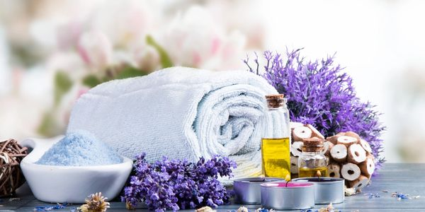 Fresh lavender for a relaxing aromatherapy hydrating facial