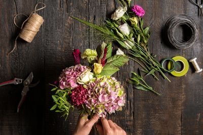One to one flower arranging sessions available