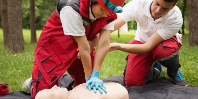 Barrie-First-Aid-CPR-Training-Courses-Wilderness-Survival-Emergency-Medical-First-Responder