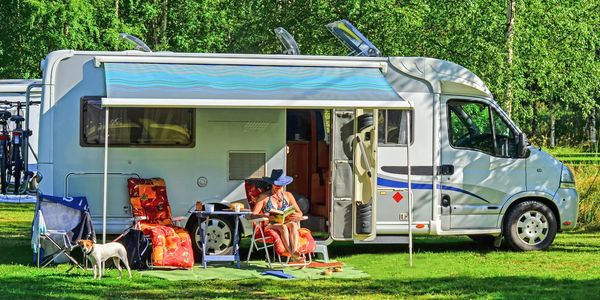 Electric site with travel trailer