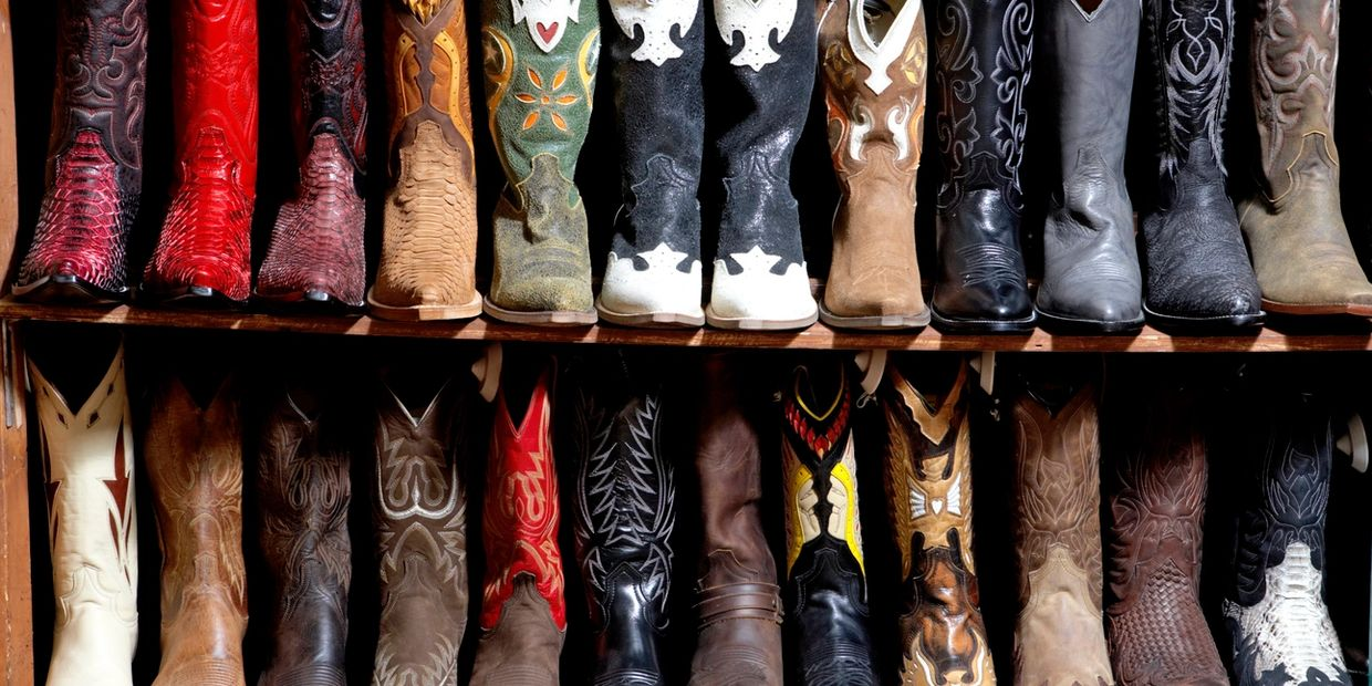 many choice options for boots is a metaphor for the confusing choice options for legal services