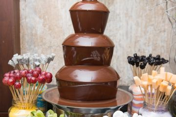 Chocolate fountain, fondue, candy, rental, Chicago event planner