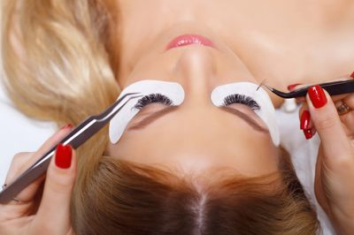 Eyelash Extension Training. Learn to apply eyelash extensions correctly. Lash training Charlotte NC