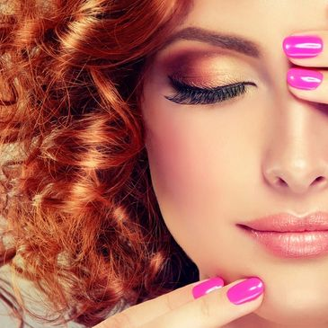 Beautiful red head, pink nails