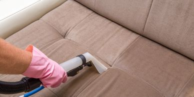 Professional upholstery cleaning. San Antonio Tx.