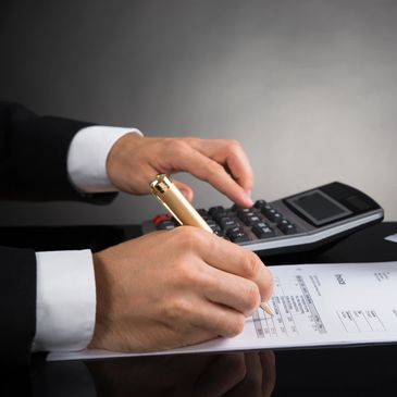 Business Auditing. Cost savings audit business review. experienced accountant Business Advisor.