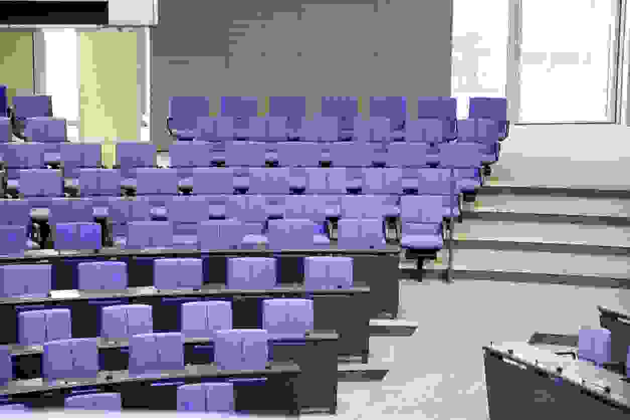 auditorium live pre-license course all-day salesperson broker class