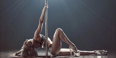 Pole Dance Classes Cleveland, Ohio. Exotic Pole Dance for beginners.