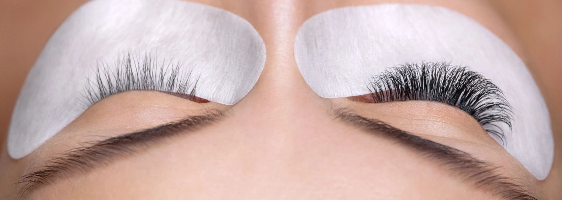 One on One Lash Artist Training available at Lily Lash.