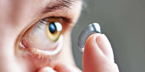 latest Contact lens technology for those with dry eyes