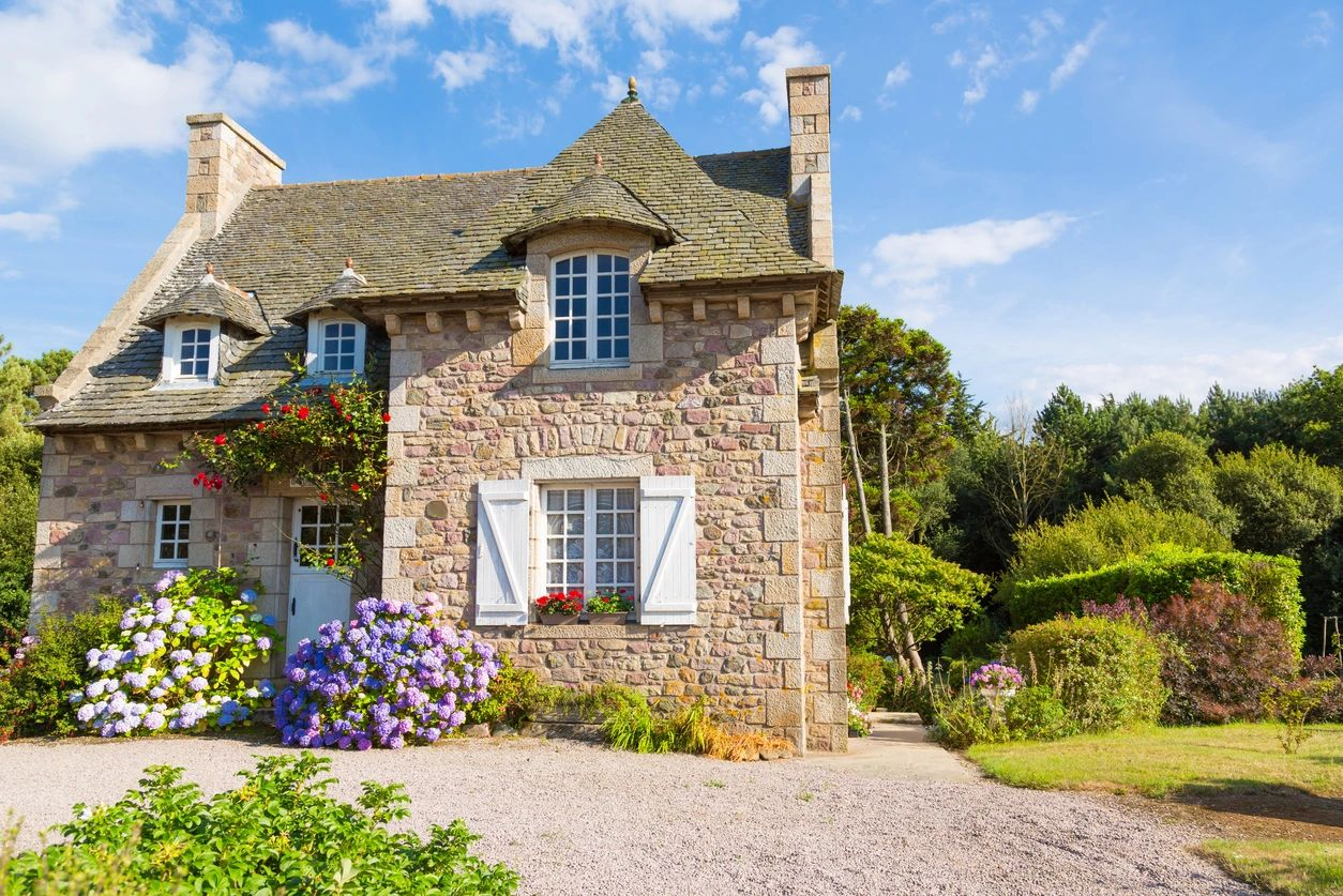 Gite and property management services in the Dordogne, France. Caretakers for your French home.