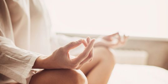 Holistic treatments in Sheffield, here to help, peaceful, massage, reflexology, reiki