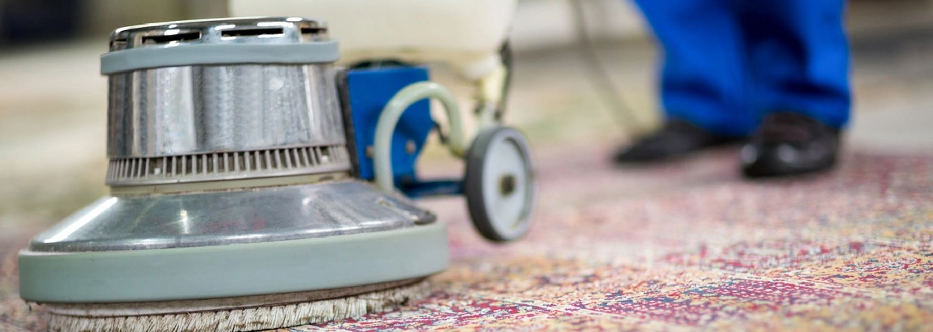 Carpet shampoo cleaning